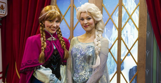 Could princess fairytale hall accommodate a third meet and greet anna and elsa 2 m4hsunfo