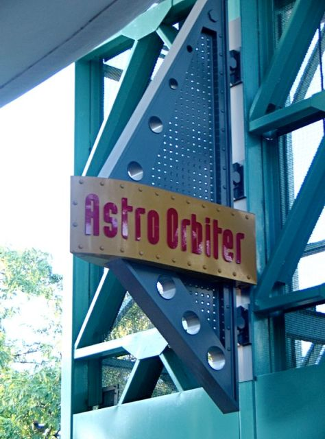 photo courtesy of theme park review