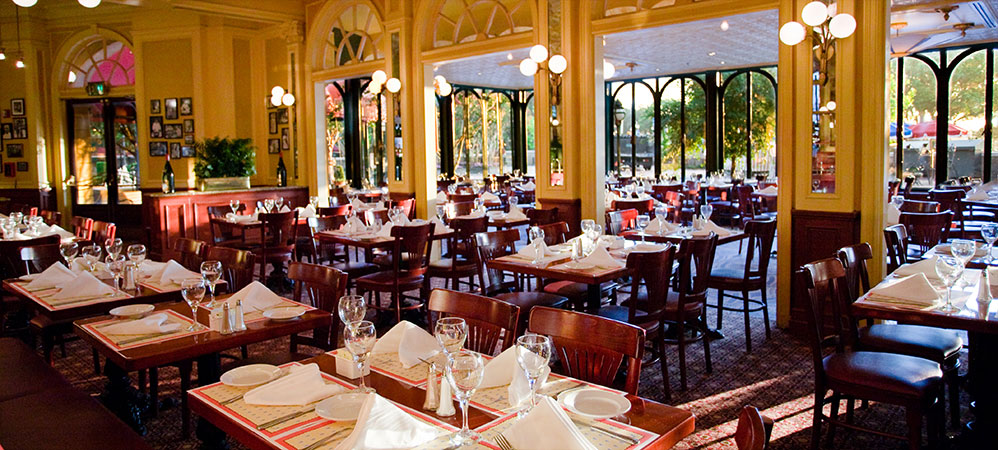 Top five table service restaurants at walt disney world for Les bonnes manieres a table en france