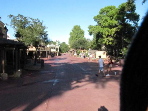 Frontierland at park open