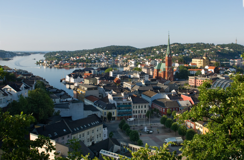 Arendal Norway  city photos gallery : Looking at the pictures of Arendal seen below , it looked a lot like ...