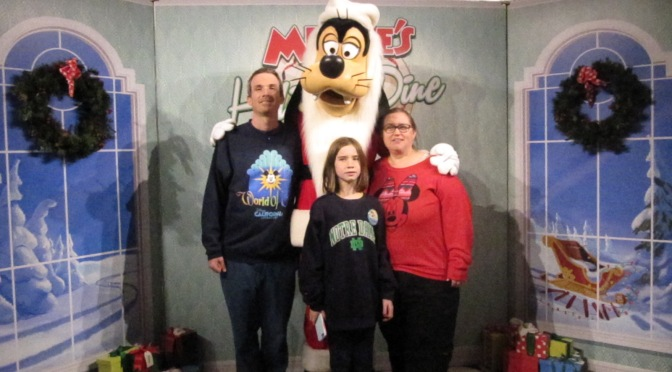 Minnie's Holiday Dine & Jingle Bell Jingle Bam – A fun night at Hollywood Studios